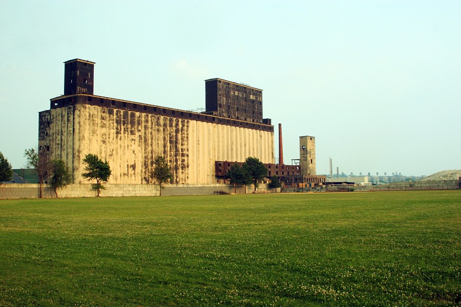 Port of New York Grain Terminal, From the East