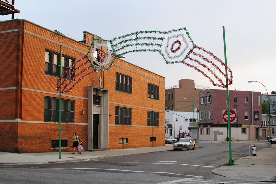A Festival Arch on Union Avenue