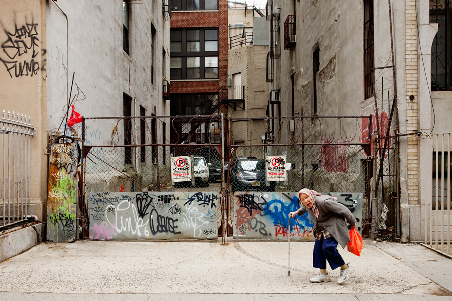 An Old Woman in Chinatown
