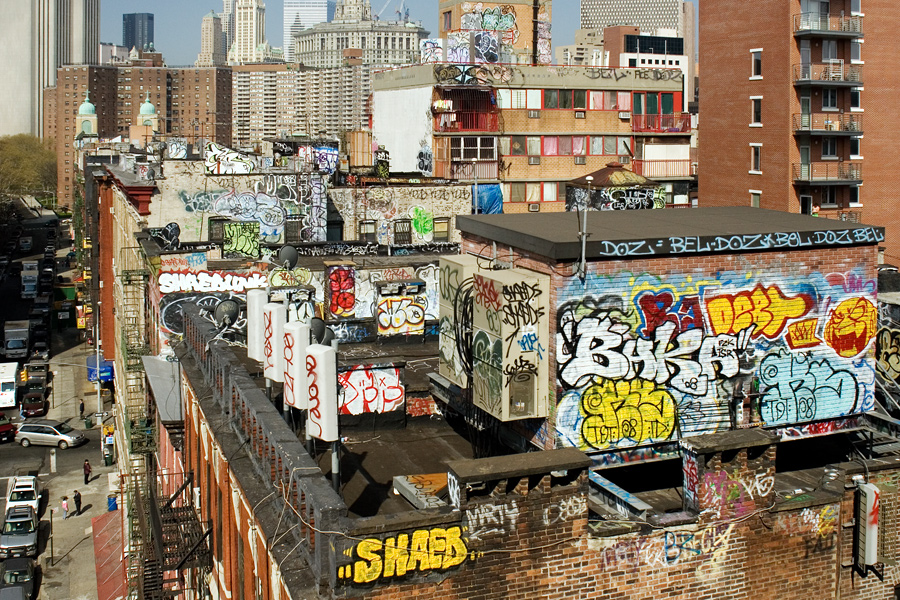 Rooftop Graf in Chinatown